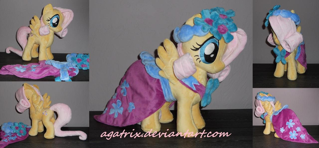 Royal Wedding: Fluttershy by agatrix