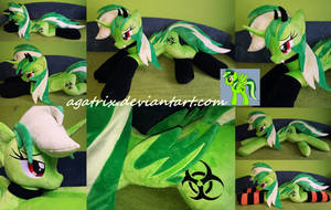 Life size (laying down) OC Zylisia  plush by agatrix