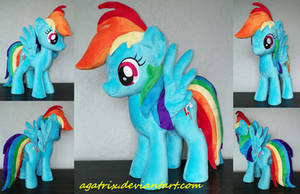 Rainbow Dash plush by agatrix