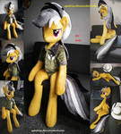 Life size (sitting/laying down) Daring Do plush