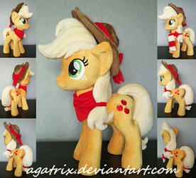 Applejack plush by agatrix