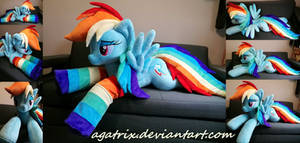 Life size (laying down) Rainbow Dash plush by agatrix