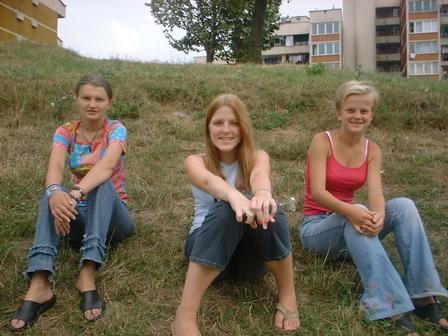 Three Girls by CieloBell