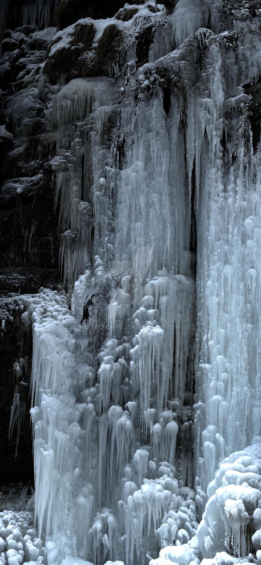 Almbachklamm Eisfall by studio496