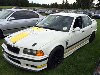BMW M5 by IndyHorizon