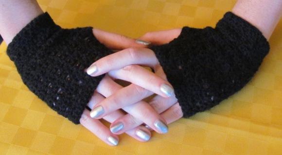 Crochet Fingerless  Gloves by AllSunday10