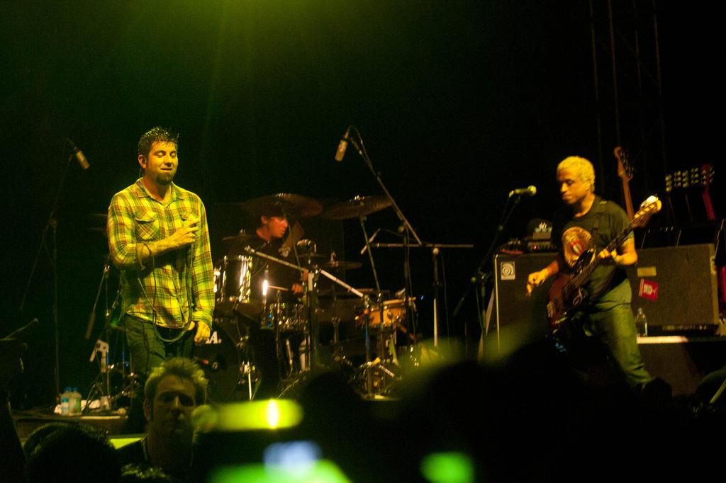 Tour Deftones