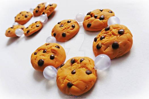 Chocolate Chip Cookie Bracelets