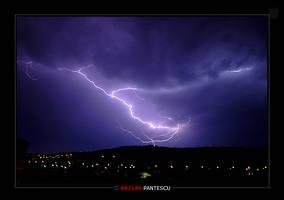 Thunder... by razvanx