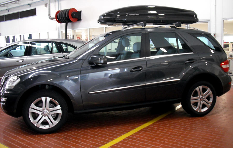 Mercedes benz ml 300 cdi blueefficiency by sudro on deviantart for Mercedes benz ml 300