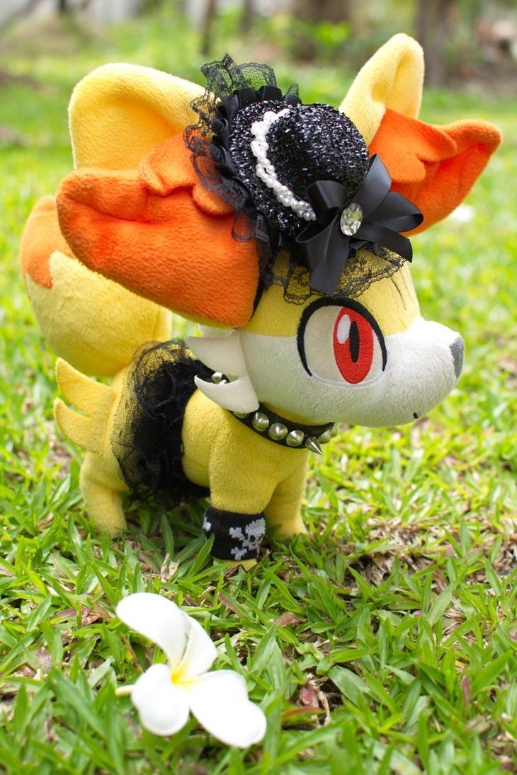 Gothic Lolita custom Fennekin by sudro