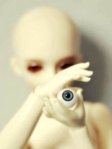 the eye by Le-Petit-Fritz