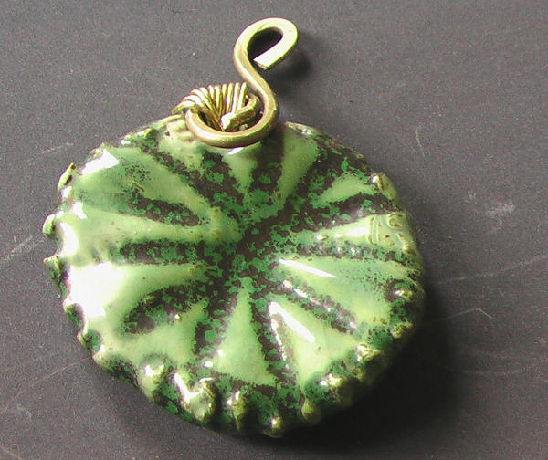 leaf-Circle Porcelain Pendant by Barah-Art