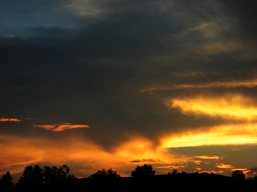 burning clouds by sunbeamfireking