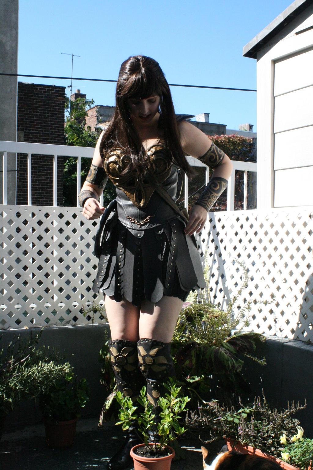 Xena Costume before Co...