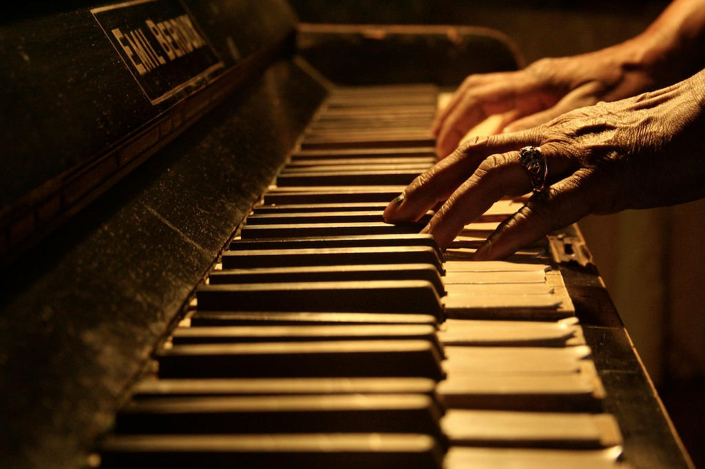 Old Piano Old Hands by A-f-x on DeviantArt
