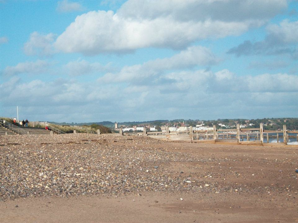 Dawlish Beach in Exeter (UK) -Another Angle- by WolvesKey