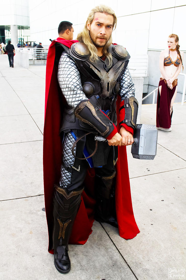 http://th04.deviantart.net/fs71/PRE/f/2013/330/a/7/thor_cosplay_by_captainjaze-d6vq88y.jpg