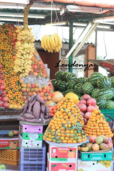 Friday Market by Londonya
