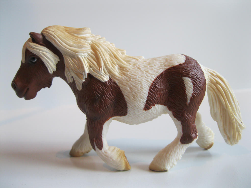 The Name of the Game [Schleich] Evelientje_by_tezzieh-d73yvi7