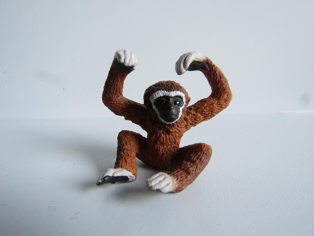 The Name of the Game [Schleich] - Page 2 Louis_by_tezzieh-d9ruig2