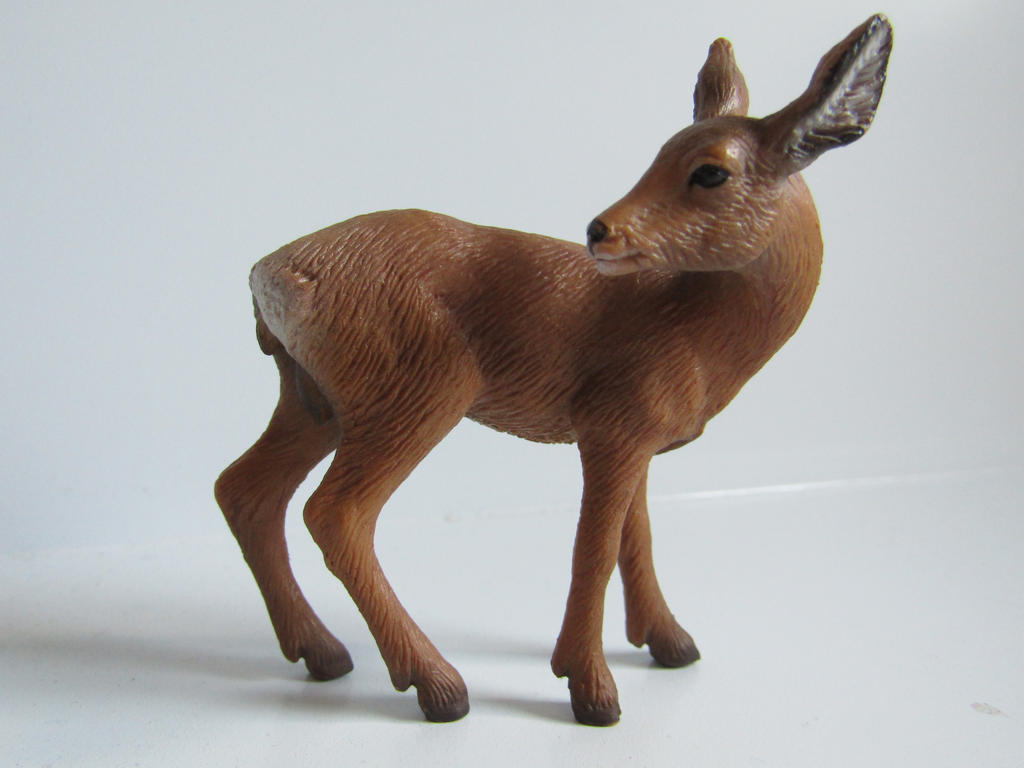 The Name of the Game [Schleich] - Page 2 Lily_by_tezzieh-da2bi3r