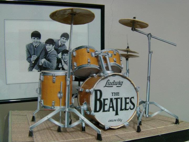 The Beatles Drum papercraft by EdonTuazon