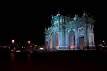 Puerta de Alcala by esperanzamarchita
