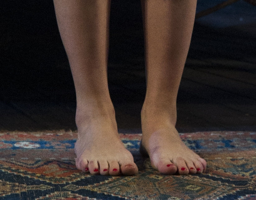 Scarlett Johanssons Feet 2 By Chipmunkraccoonoz On Deviantart