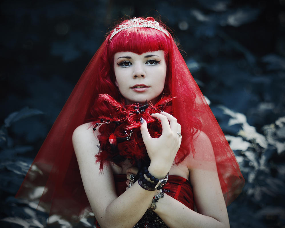 Die rote Braut by 13-Melissa-Salvatore