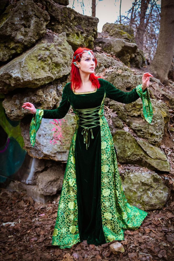 Elf by 13-Melissa-Salvatore