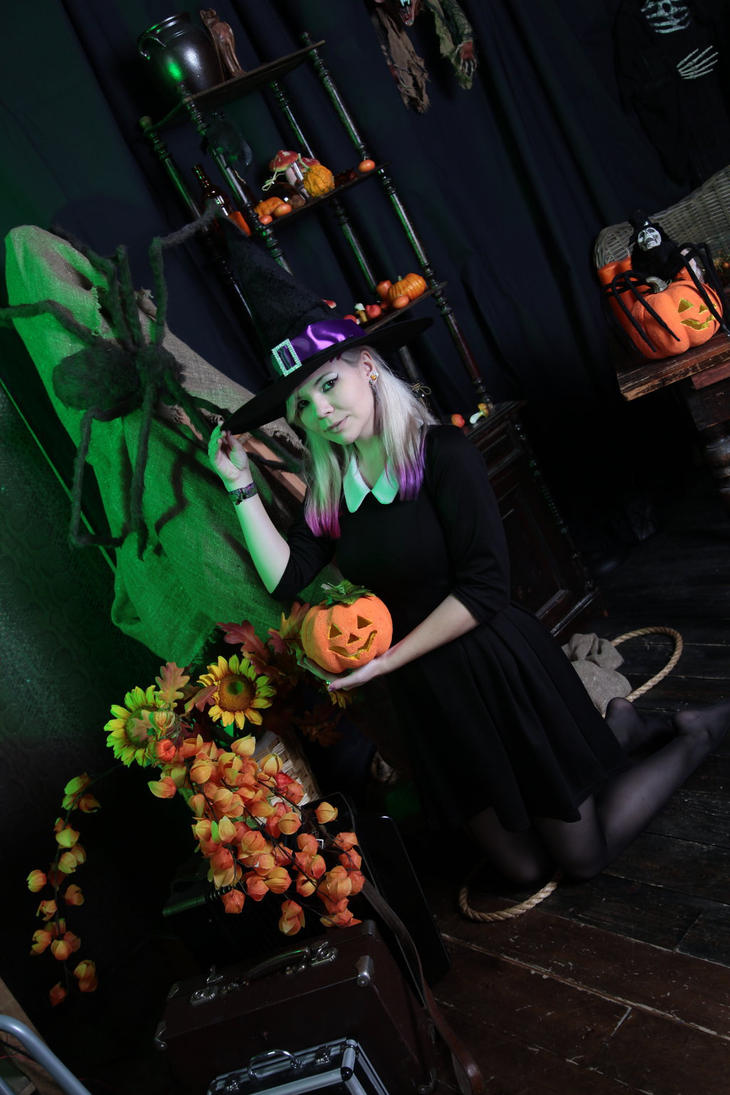 Halloween by 13-Melissa-Salvatore