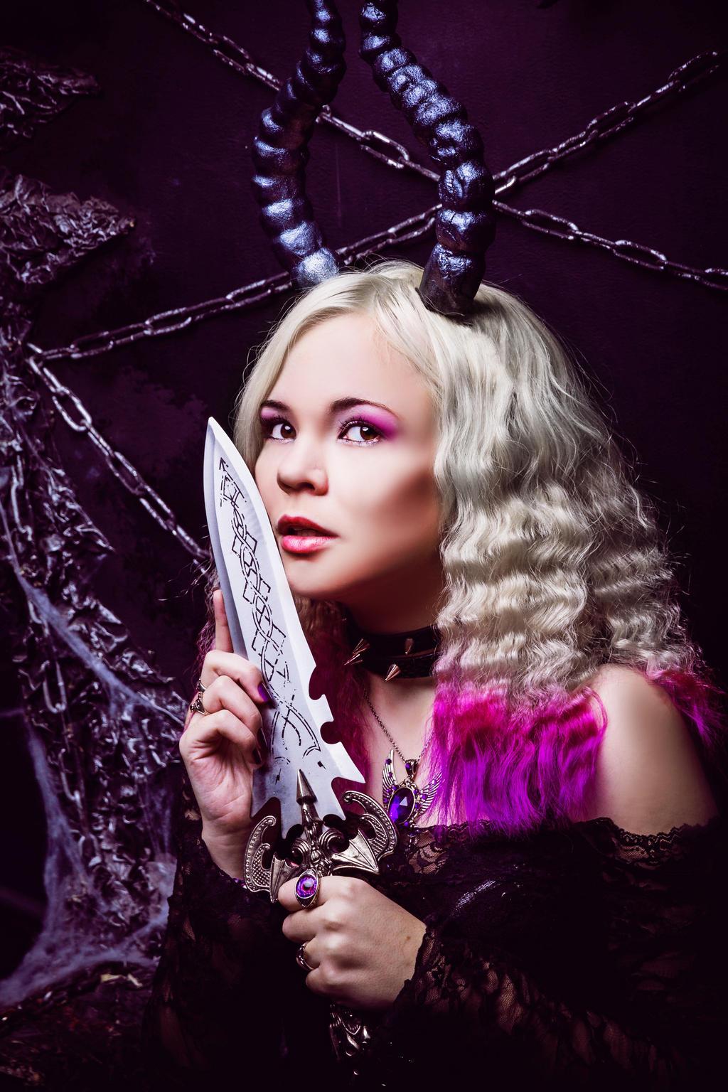 Dark girl by 13-Melissa-Salvatore