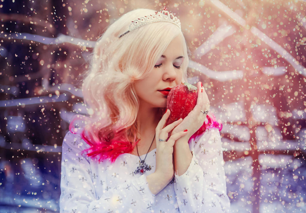 Magical snow by 13-Melissa-Salvatore