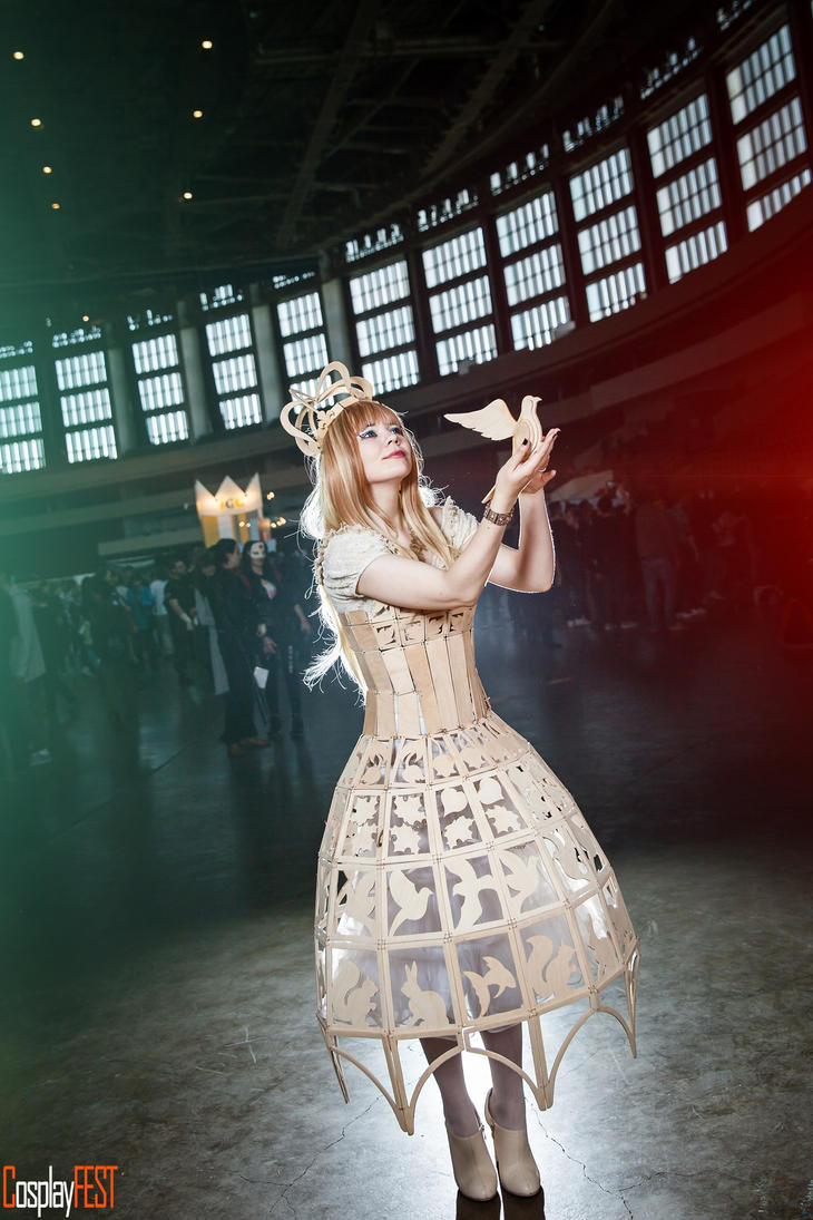 Wooden Queen by 13-Melissa-Salvatore