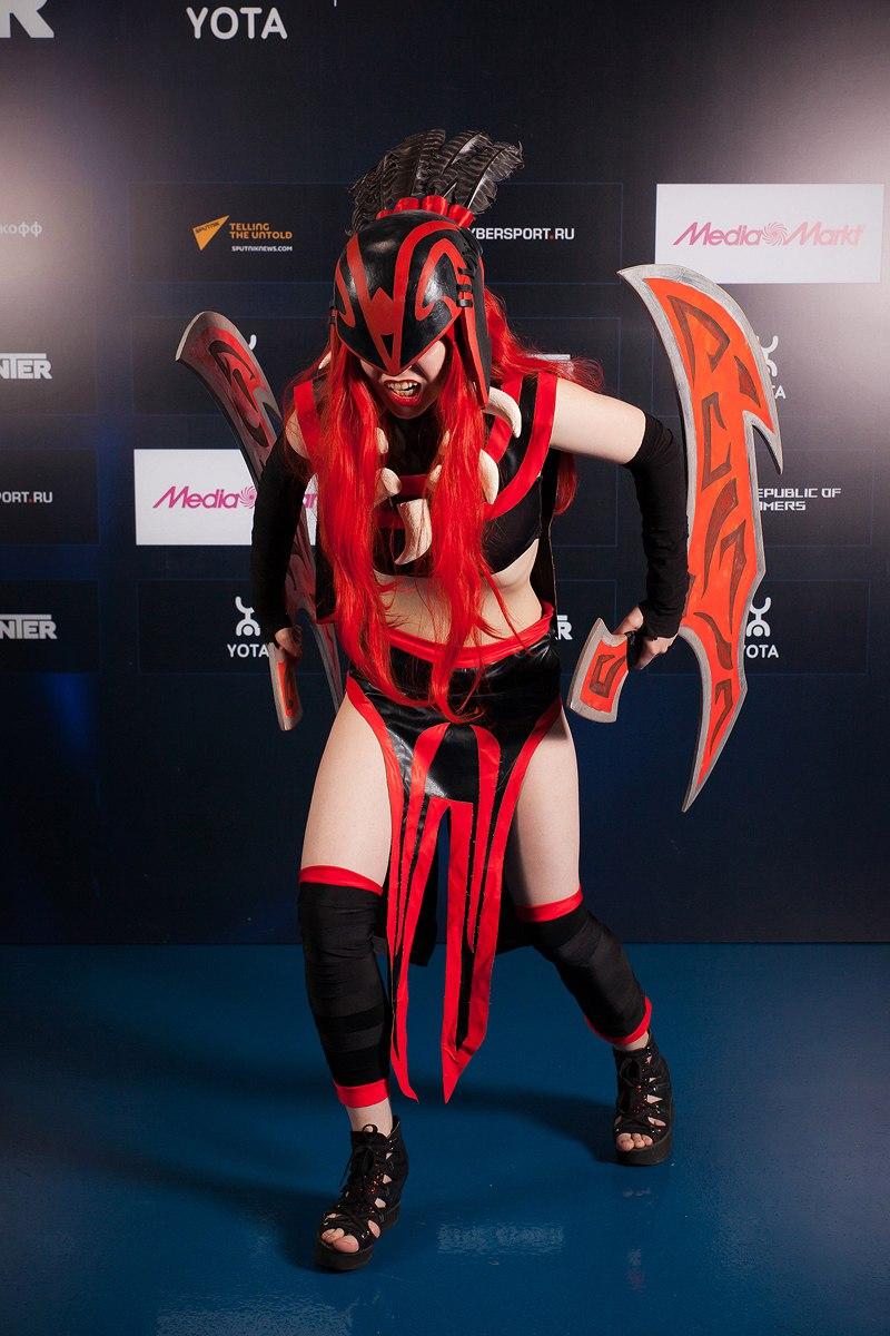 Female Bloodseeker cosplay by 13-Melissa-Salvatore