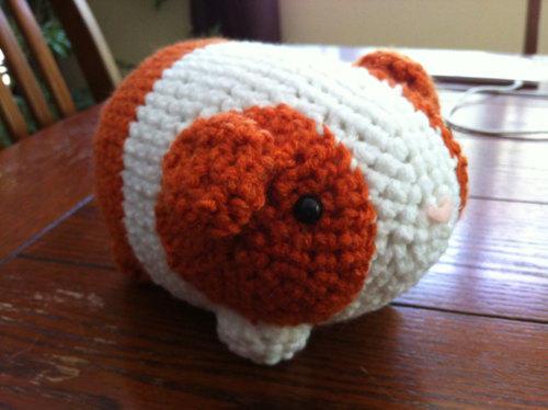 Guinevere Guinea Pig Crochet Amigurumi Pattern – Shiny Happy World | 374x500