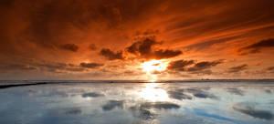 Short Exposure Sunset Low Tide by sandor99