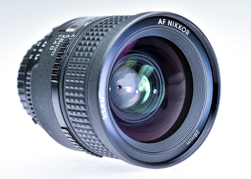 Nikon AF 28 mm f 1,4 D by sandor99