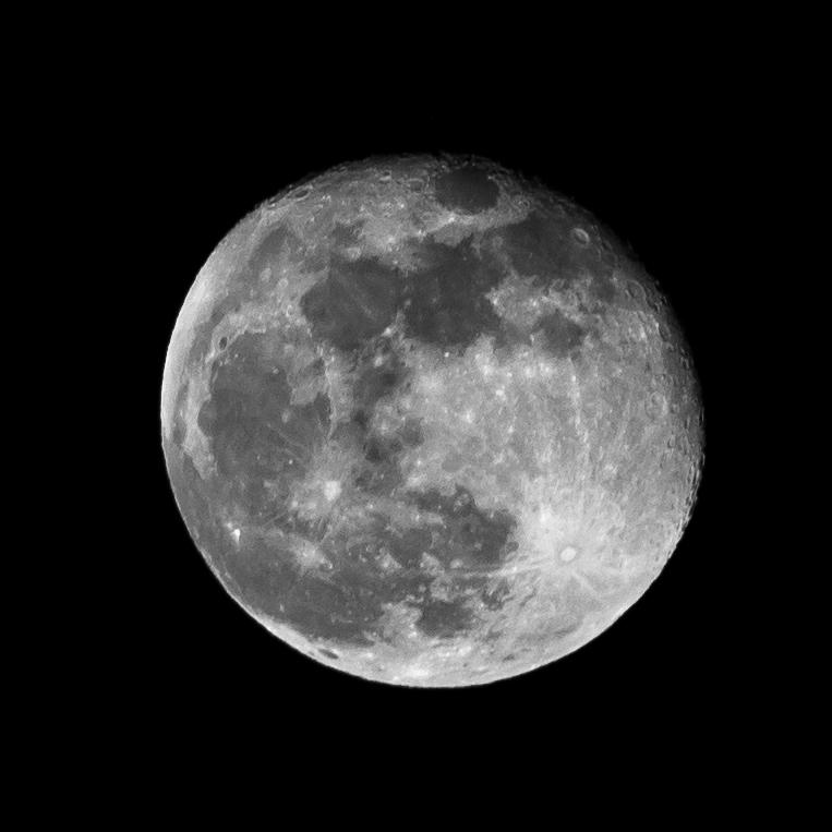Moooooon Moon by sandor99