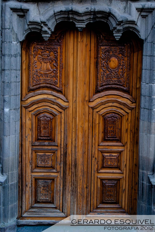 La puerta del pocito by elgatofineas on deviantart for Puerta 4 del jockey