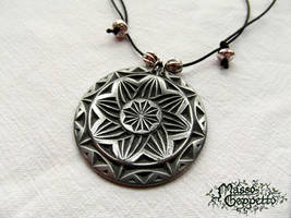 TRADITIONAL METALFLUID PENDANT Abstract by MassoGeppetto