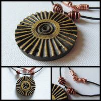 SOLAR WHEEL PENDANT n2 by MassoGeppetto