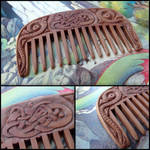 SMALL VIKING COMB