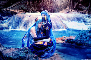Lost in thoughts all alone - Azura Cosplay