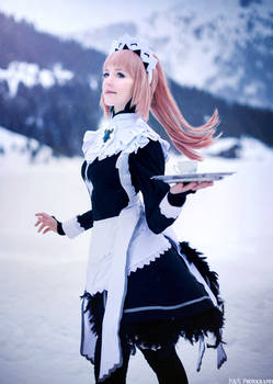 Maid of Ice Tribe - Felicia Fire Emblem cosplay