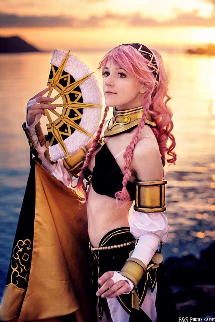 Performing Arts Olivia Cosplay - Fire Emblem by Tinu-viel