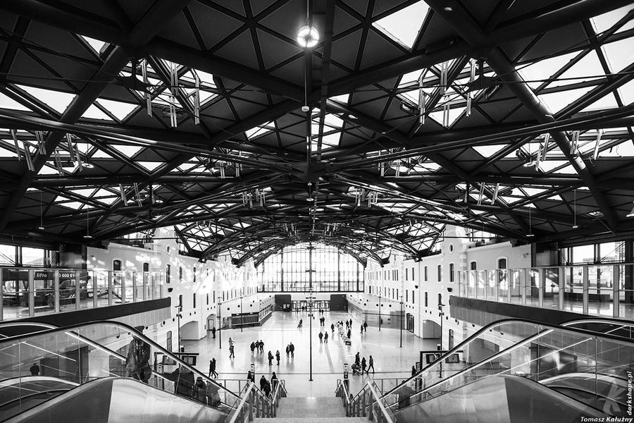 Lodz Fabryczna biggest train station in Europe by drkshp