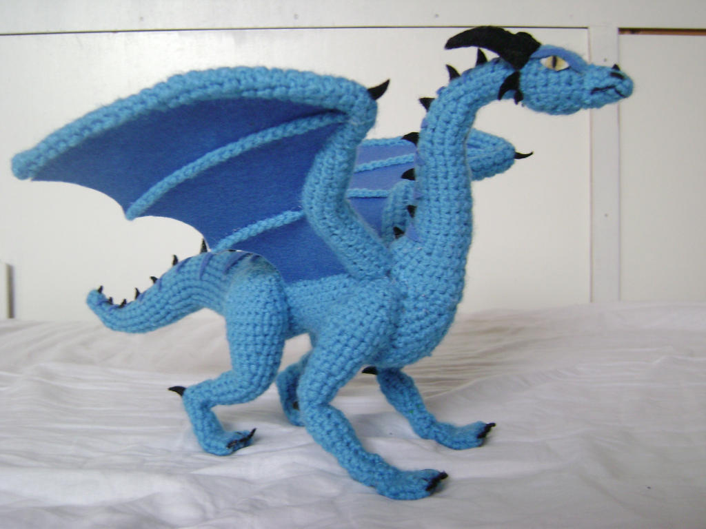 Dragon Wings Knitting Pattern : Crochet Dragon Luind 1 by xXShilowXx on DeviantArt