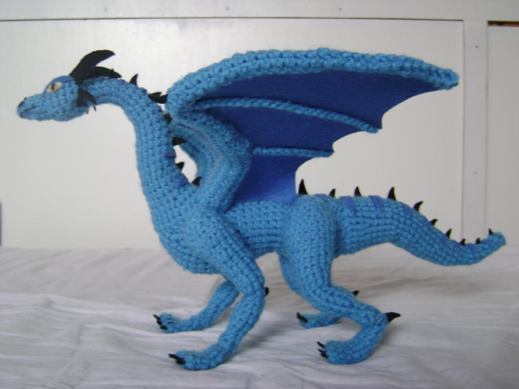 Crochet Amigurumi Dragon : Crochet dragon luind by xxshilowxx on deviantart